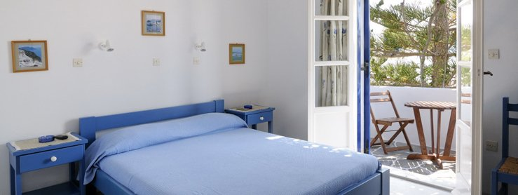 Room for rent with sea view at Pandora Paros